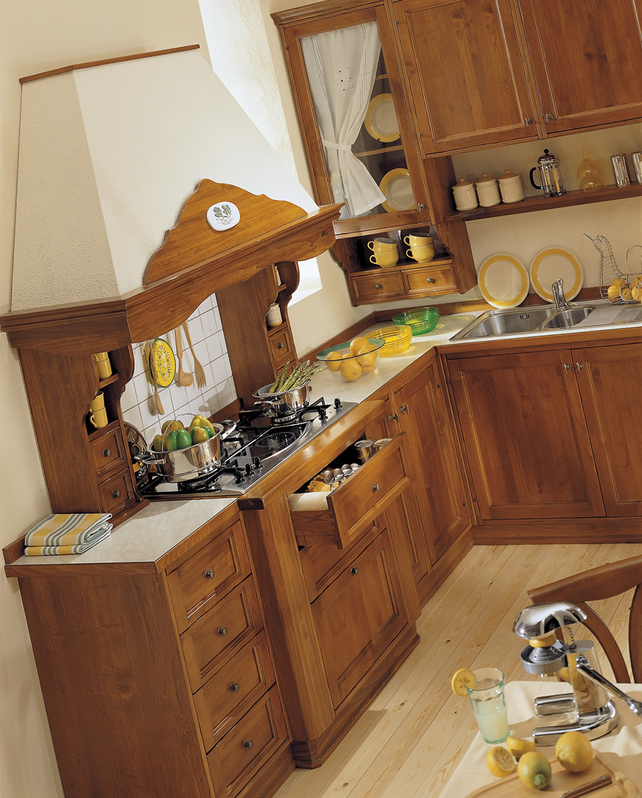 Cucine in legno massiccio trendy cucina moderna in legno for Beligni arredamenti