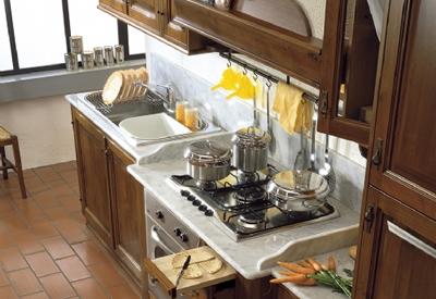 Cucine in legno massiccio massello ARCA cucine componibili in ...
